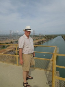 Quick stop at the hydroelectric damn in Sobradinho to see the impressive largest artificial lake in the Americas.