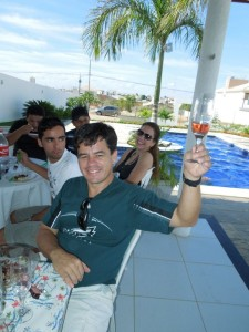 In the afternoon we can have a churrasco, a Brazilian bbq, at my best friend Jeziel's lovely home.